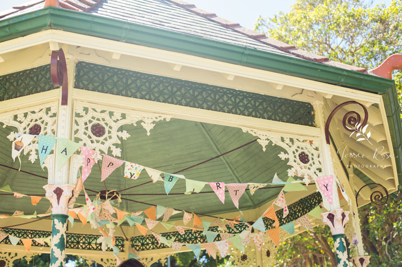 petersham-park-bandstand-diy-bunting-birthday