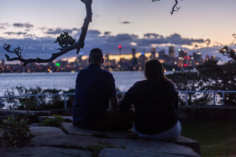 sydney-city-silhouette-engagement-portraits