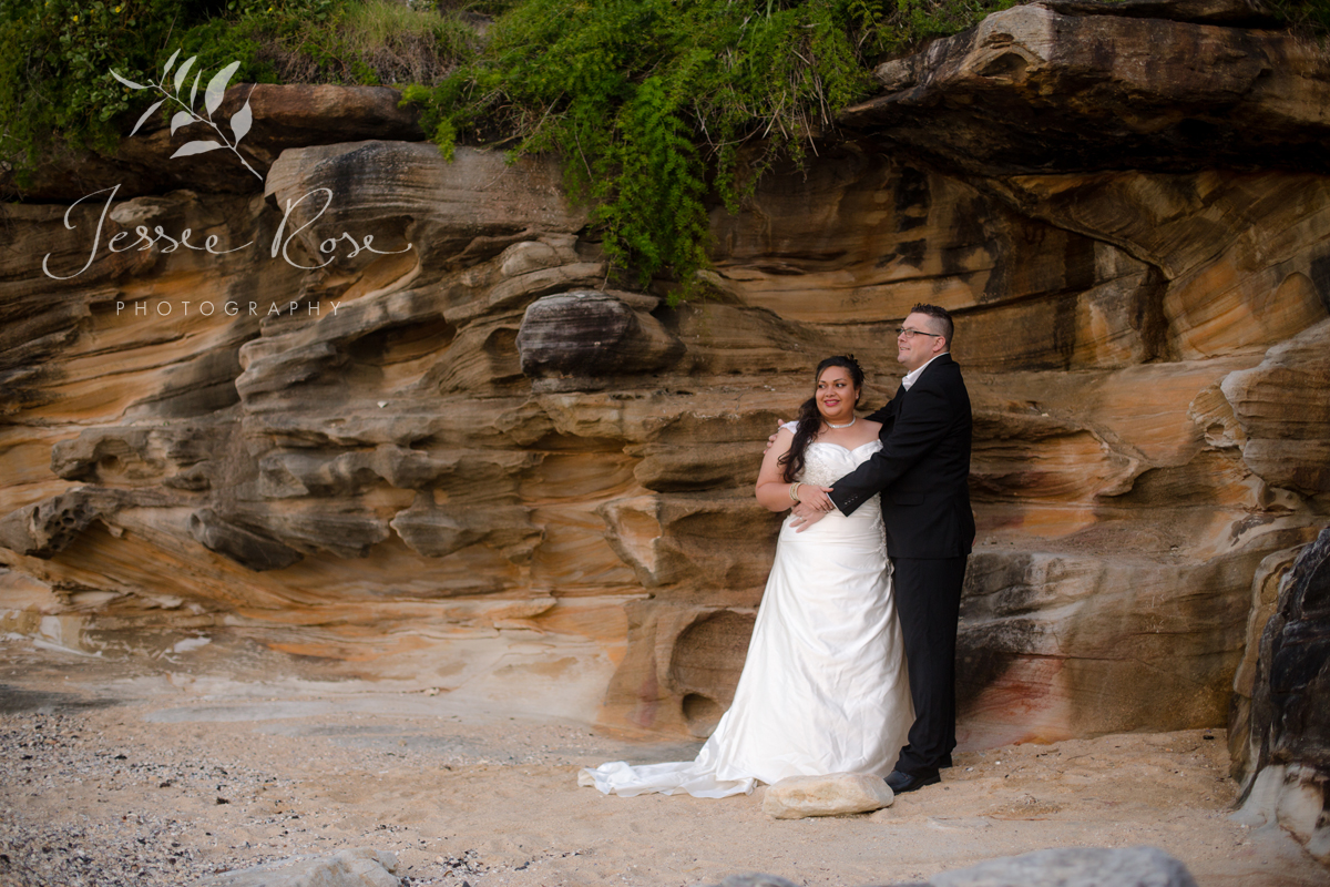sydney-beach-sandstone-backdrop