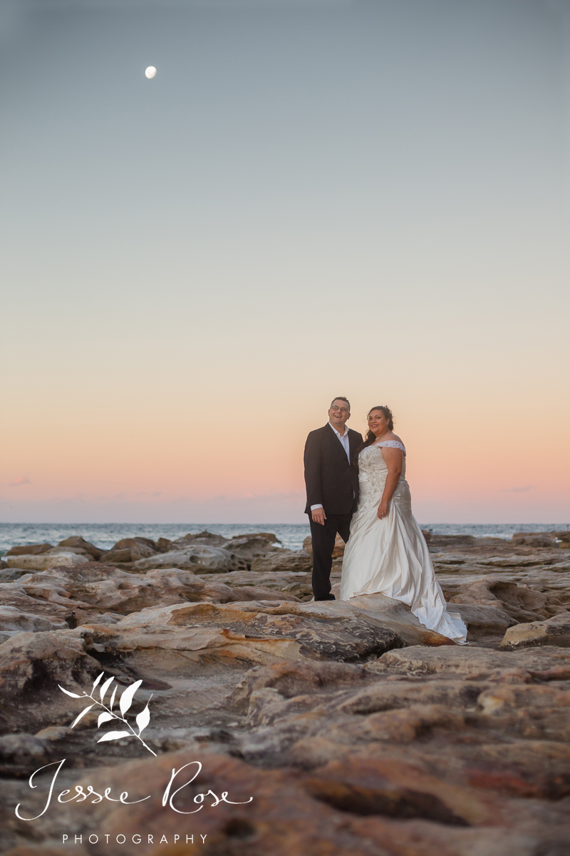 sydney-wedding-beach-sunset