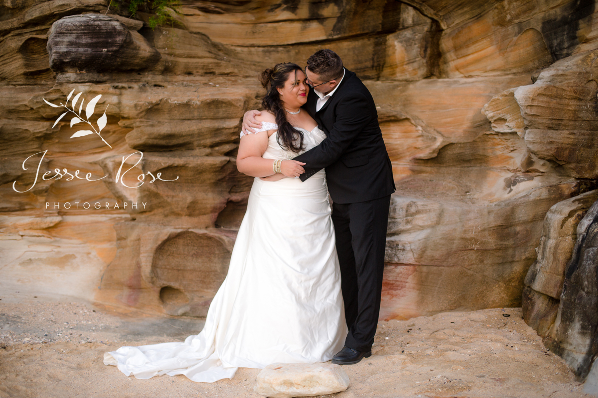 sydney-wedding-sandstone-portrait