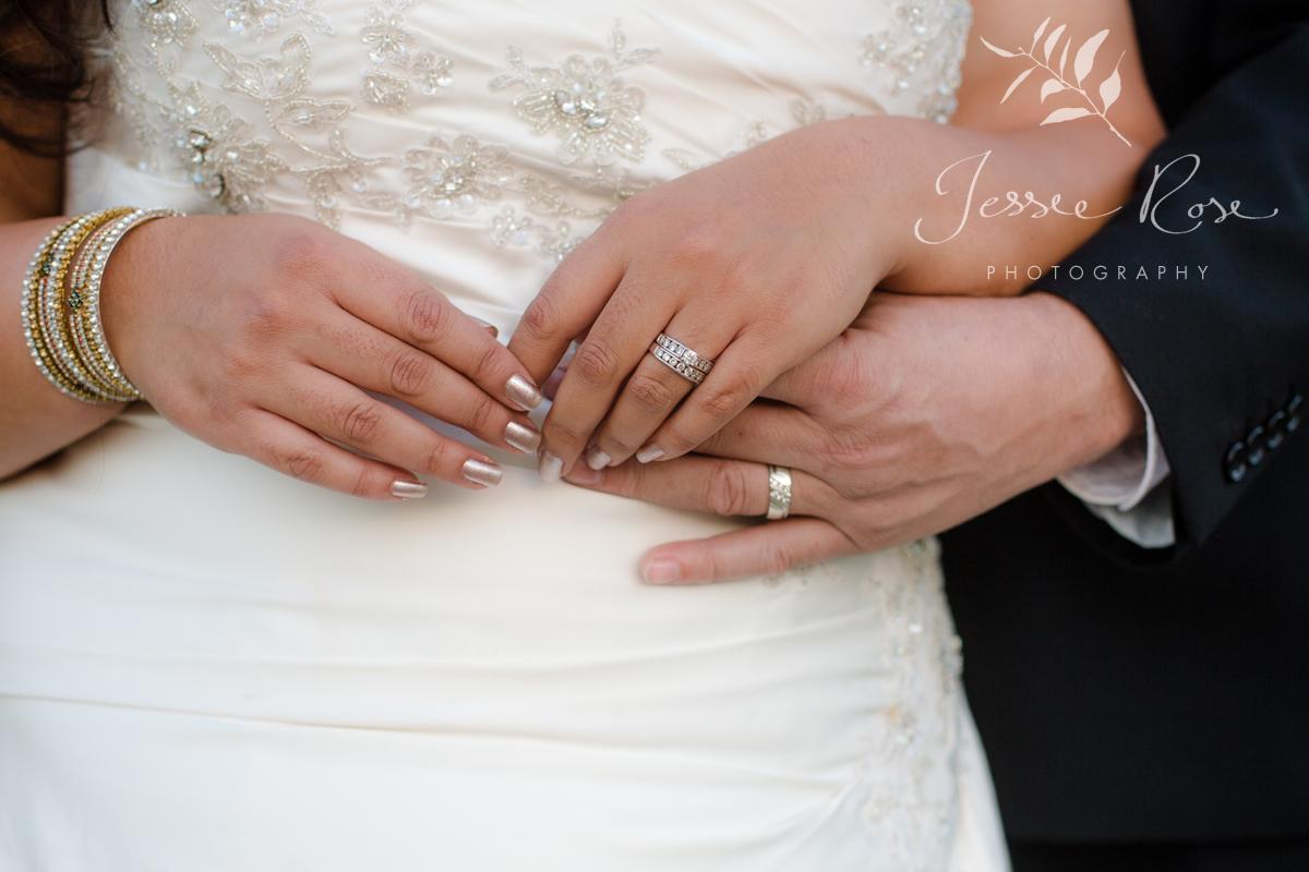 wedding-detail-shot-wedding-bands