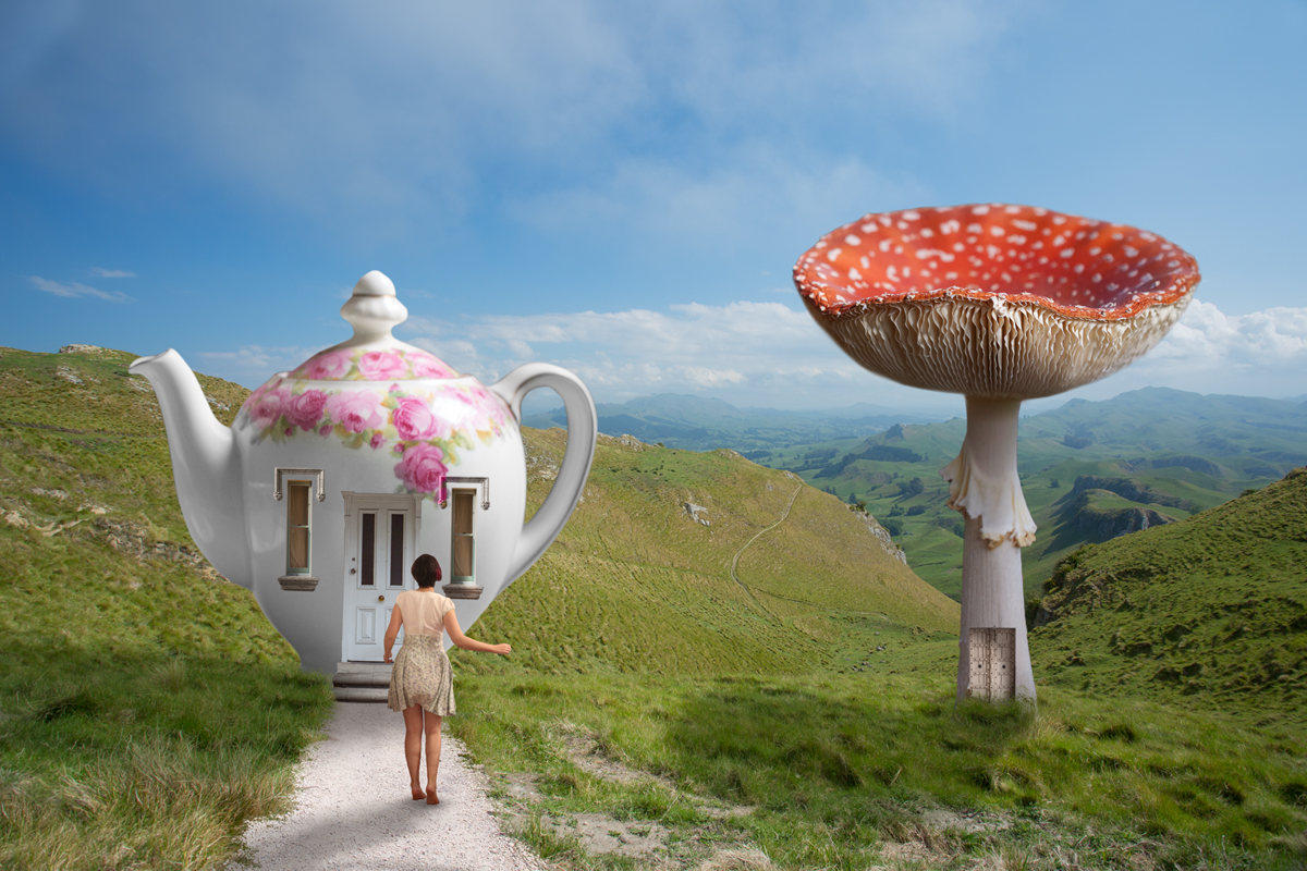365-magical-teapot-house-photoshop