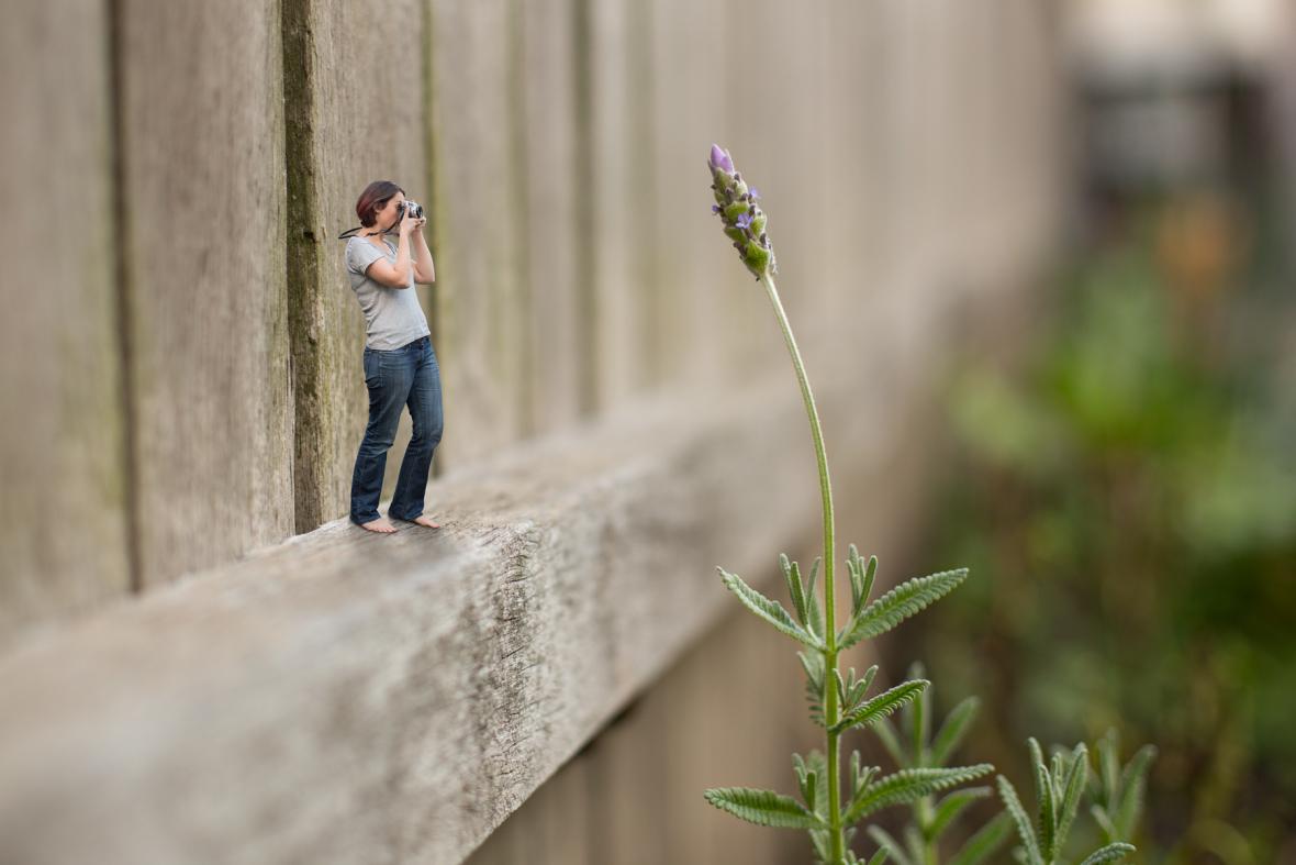 060-tiny-photographer