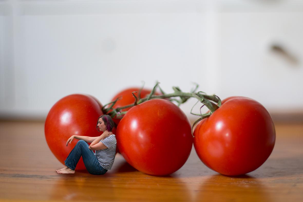 127-tiny-person-photo-manipulation-truss-tomatoes