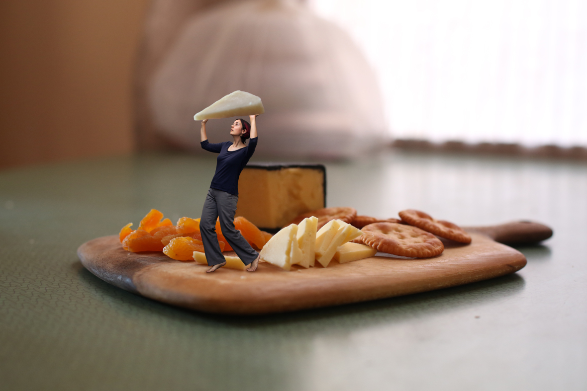 183-tiny-person-cheese-board