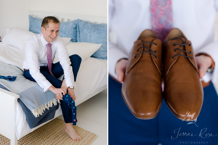 25-groom-shoes-and-socks